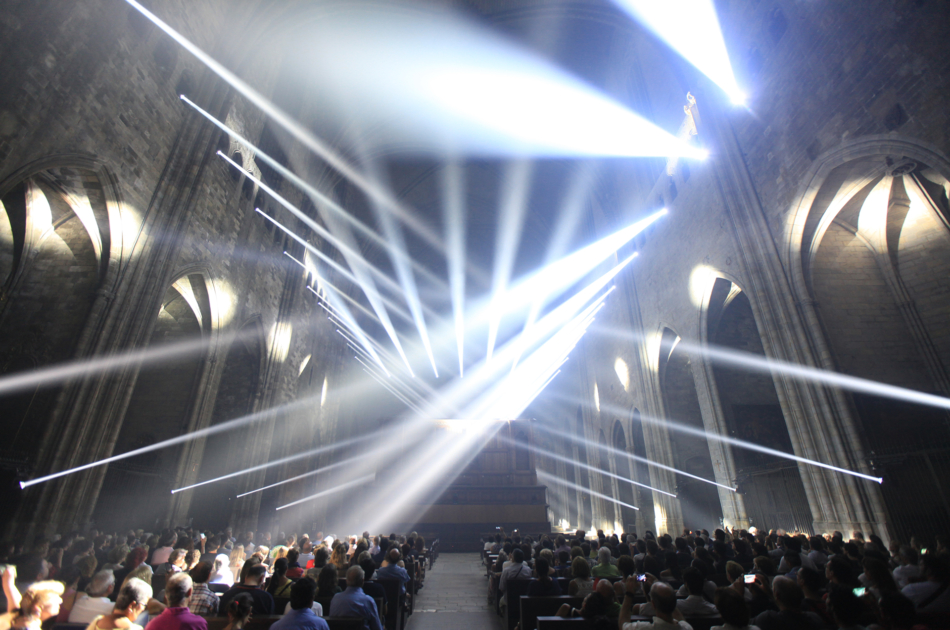 Immersive lighting show at the cathedral of Girona.