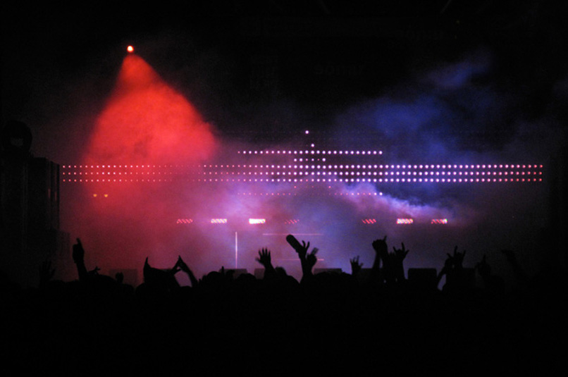 Set design, light design and visuals for Sónar Festival 2010.